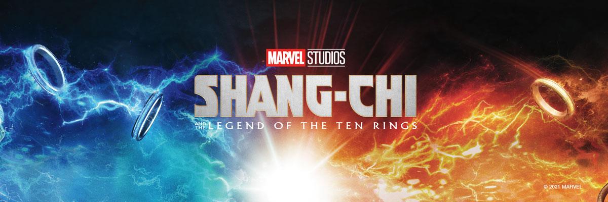 Banner Shang-Chi z logo i laptop z wyświetlanym animowanym tłem